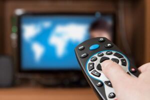 Телевизор как член семьи. Как за ним ухаживать и где ему лучшее место в доме?