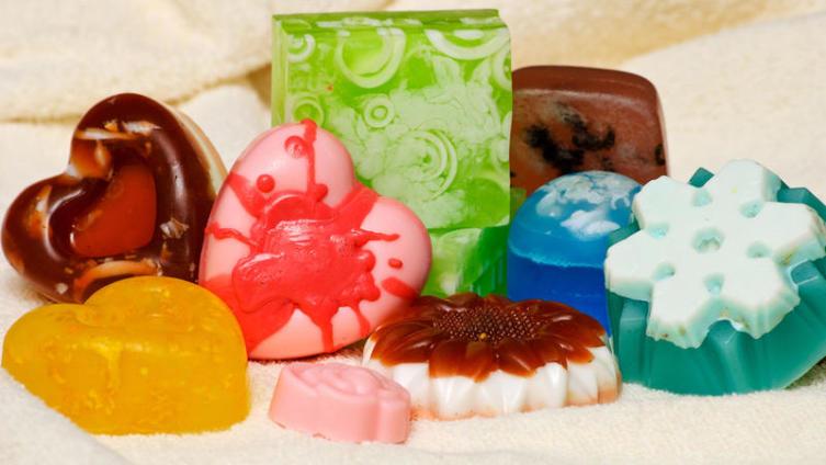 Как сделать красивое и полезное мыло своими руками?