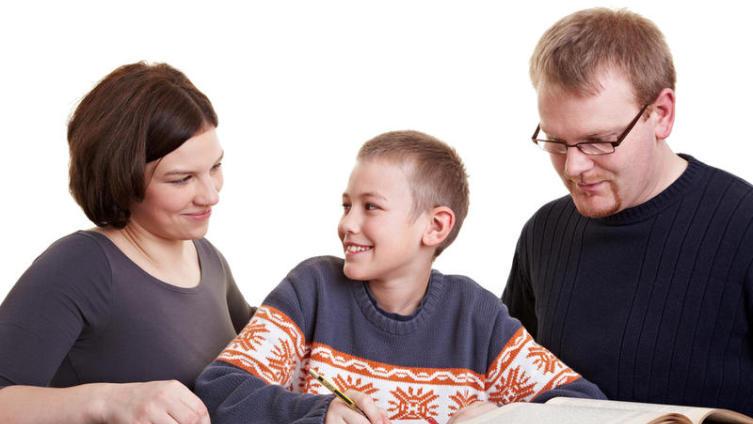 Как помочь ребенку с домашним заданием по литературе?