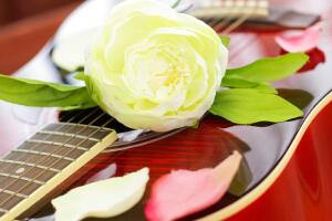 Как была написана одна из самых соблазнительных любовных песен «Sway»? Ко дню рождения Дина Мартина