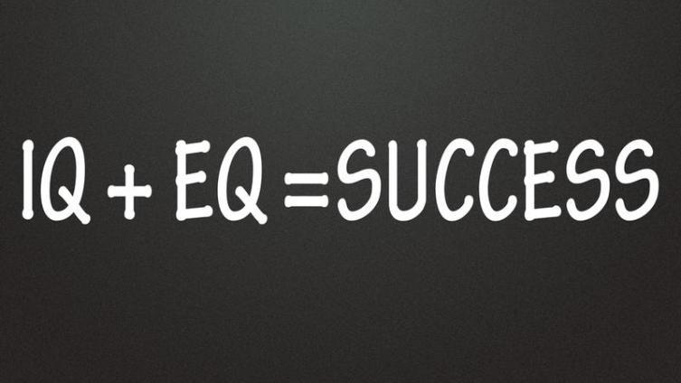 Как стать звездой на работе и почему эмоциональный интеллект важнее профессиональных навыков?