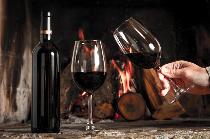 Картинки по запросу Хорошо подходят красные вина