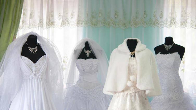 Стоит ли заказывать свадебные платья в Китае?