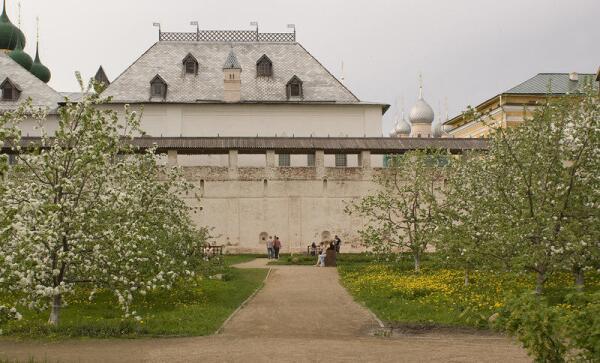 Что такое Ростовский кремль?