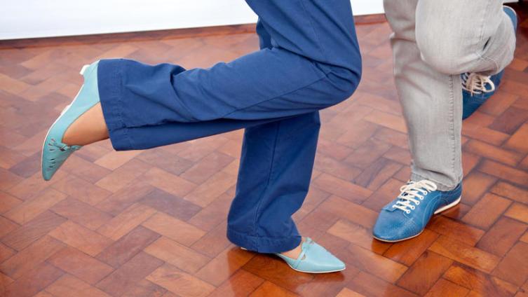 Как остановить танец вокруг грязных ботинок?