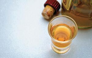 Алкоголь против остеопороза. Возможно ли такое?