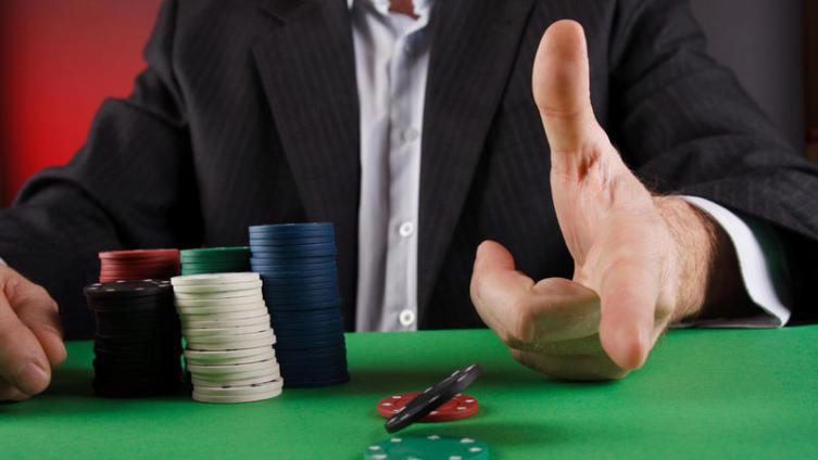 Покер: вы готовы проиграть жизнь?