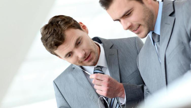 Как завоевать симпатии и наладить партнерство с солидным профессионалом в вашей деловой сфере?