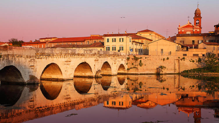 Где провести итальянские каникулы? В Римини!