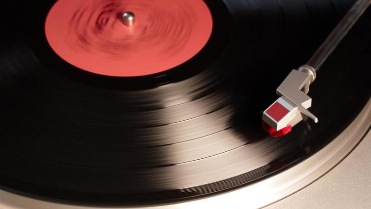 Что мы знаем об истории песни THE BEATLES «Can't Buy Me Love»?