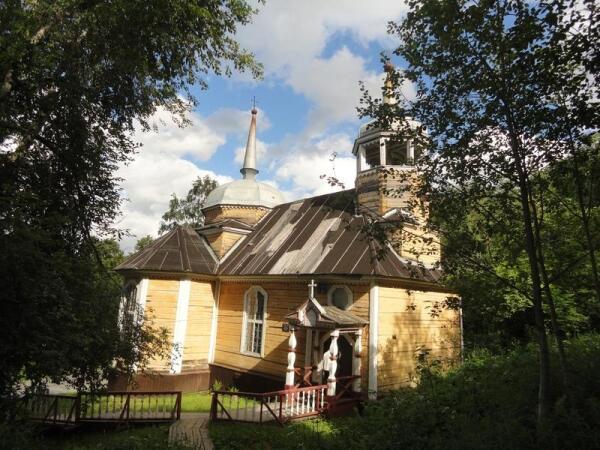 Церковь св. апостола Петра. Вид с северо-запада