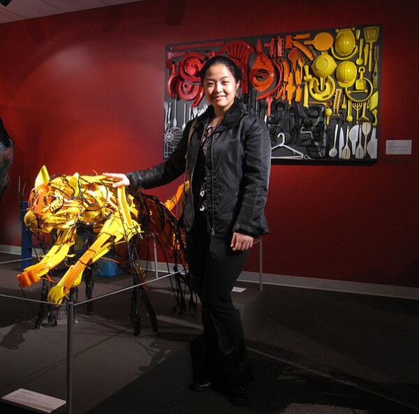Дизайнер Саяки Ганц (Sayaka Ganz) из найденного мусора делает потрясающие скульптуры