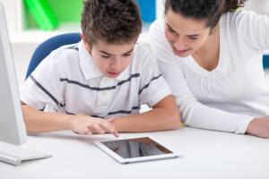 Exeq: планшет или Smart TV?