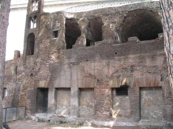 Многоквартирный дом времен Древнего Рима