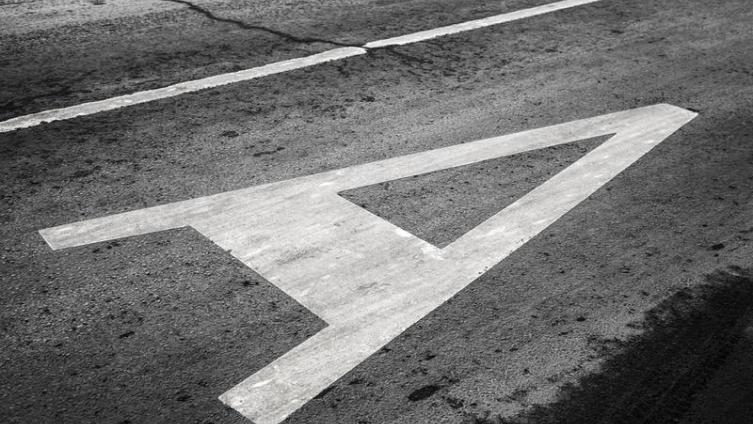 Кому мешают неправильные автобусные остановки?