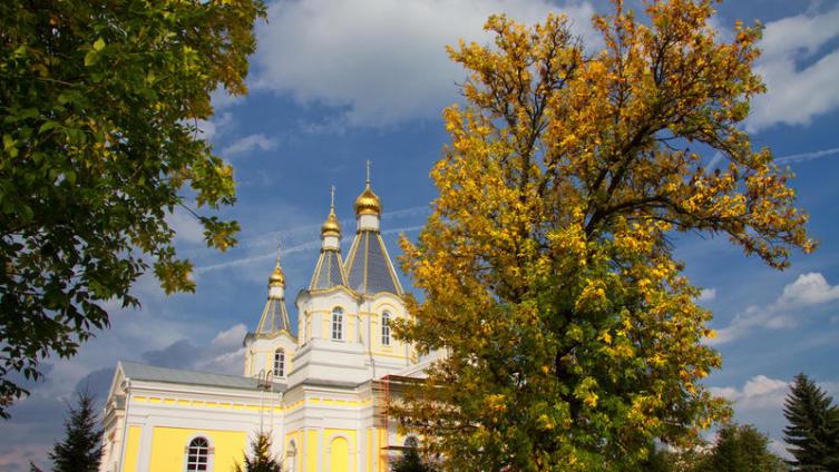 Как развивались отношения Русской церкви и государства? Почему церковь уступила