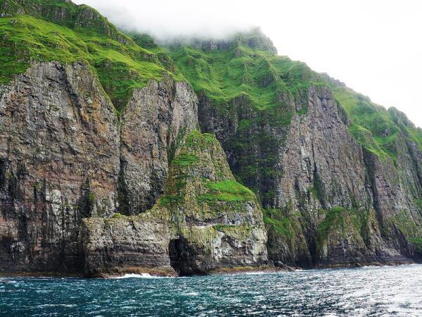 Скалы Фарерских островов