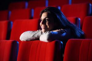 Новинки кино. Что смотреть в выходные 21-22 сентября? «Конец света 2013», «Джобс» и др.