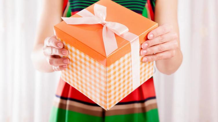 Что подарить девушке? Часть 1