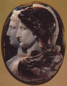 Камея Гонзага, трехслойный сардоникс, III в до н.э.