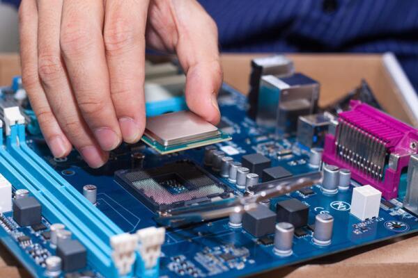 Ремонт импортной электроники. Почему он такой дорогой?