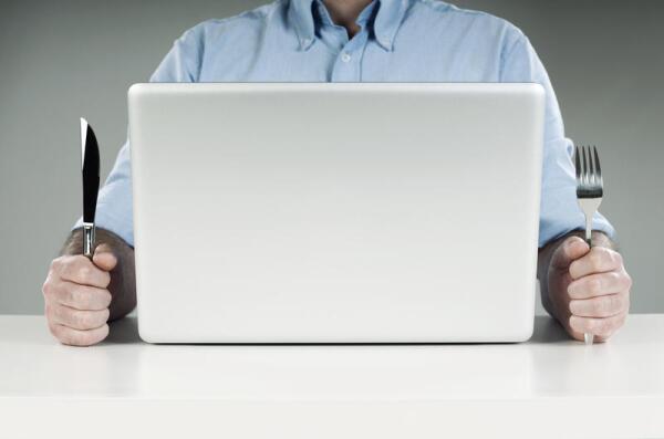 Какие преимущества имеет заказ еды на дом через интернет?