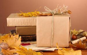 Что подарить любимым? Выбираем подарок бабушке/дедушке