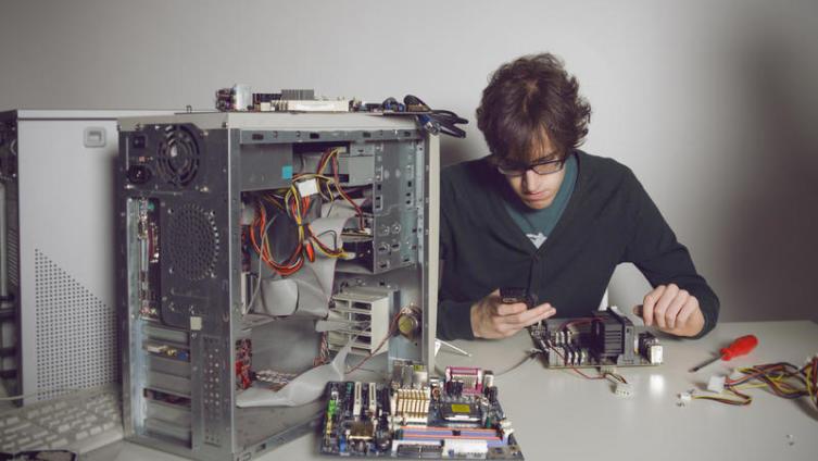 Как устроен компьютер? Первый и второй уровни - физический и виртуальный