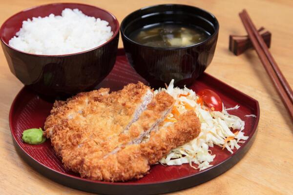 Что такое тонкацу, или Как Запад повлиял на японскую кухню?