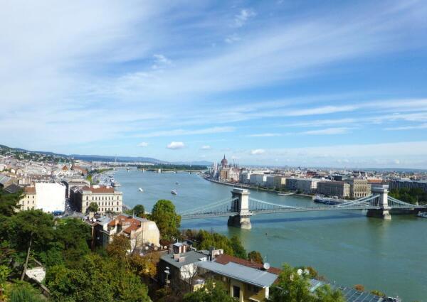 Вид на Будапешт с правого берега Дуная