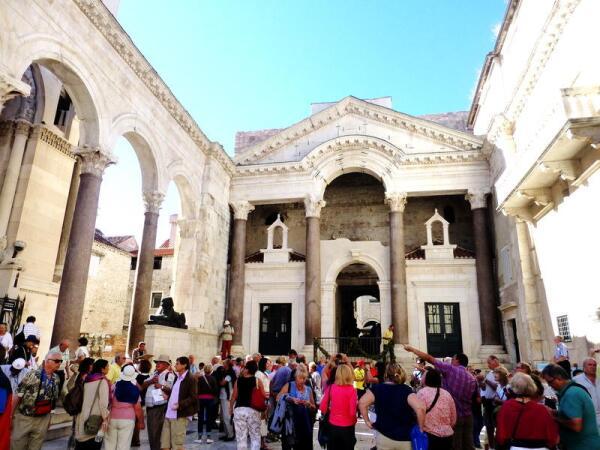 Фрагмент дворца римского императора Диоклетиана в Сплите