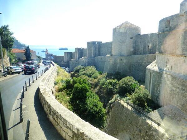Старинный Дубровник находился за стенами неприступной крепости