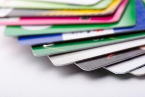 Без кредитной карты вы, как настоящий потребитель, не сможете потреблять в количествах, вам желаемых...
