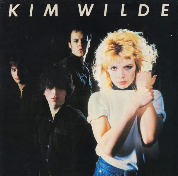 На обложке дебютного альбома можно увидеть участников группы подыгрывающей Ким - Кельвина Хэйса (сына продюсера Моста), Джеймса Стивенсона и Рикки (брата певицы)