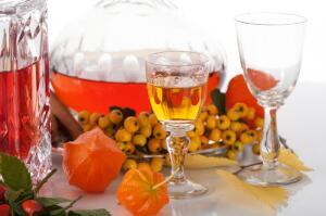 Есть ли польза от алкоголя? Настойки, бальзамы, ликеры...