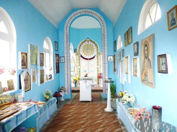 Общий интерьер храма