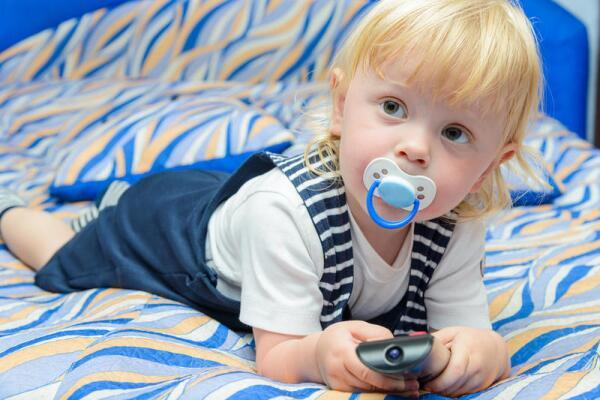 Как же правильно воспитывать детей? Влияние современных СМИ и методы борьбы с ними