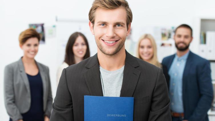 Как принимать на работу первых сотрудников?