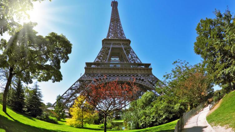 Что такое Париж? Романтика и сырная тарелка...