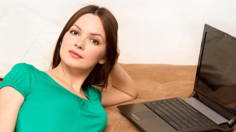 Одинокая женщина желает познакомиться? После сайта знакомств уже не желает!