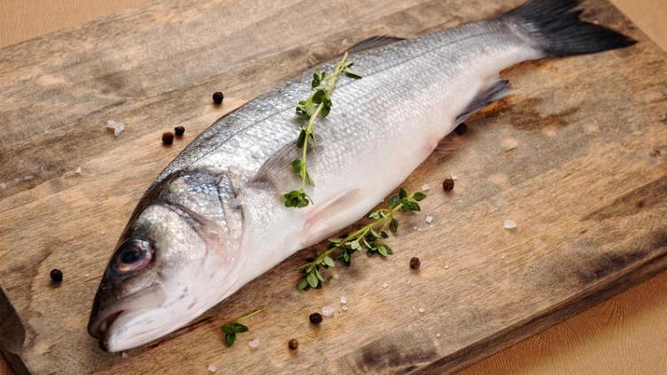Сиг в маринаде. Как приготовить соленую рыбу к празднику?