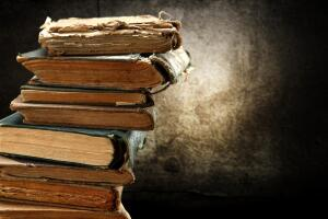 Куда отнести старые книги?