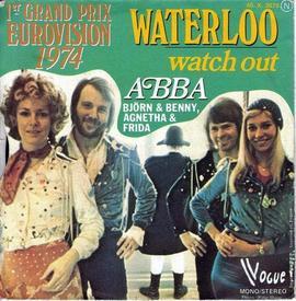 На обложке сингла «Waterloo» группа впервые была пропечатана, как