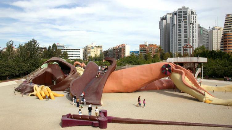 Валенсия, парк «Гулливер»