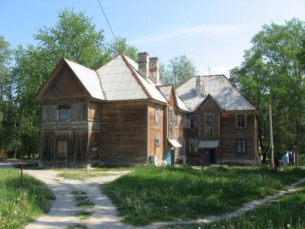 Деревянных домов в историческом центре Сегежи много