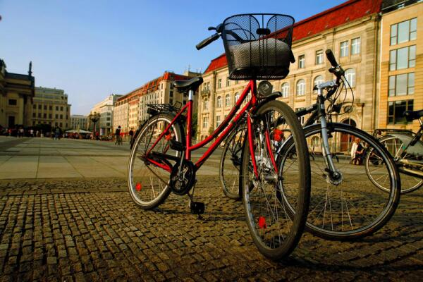 Берлин. Что общего между велосипедом и рейхстагом?