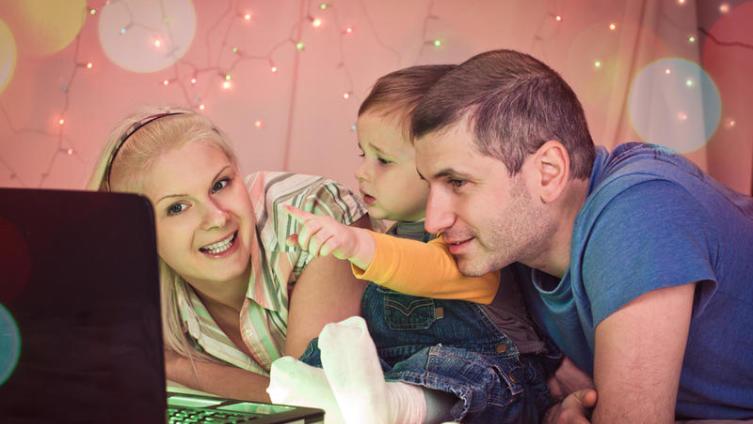 Чем заняться в новогодние каникулы? Пять домашних забав для всей семьи