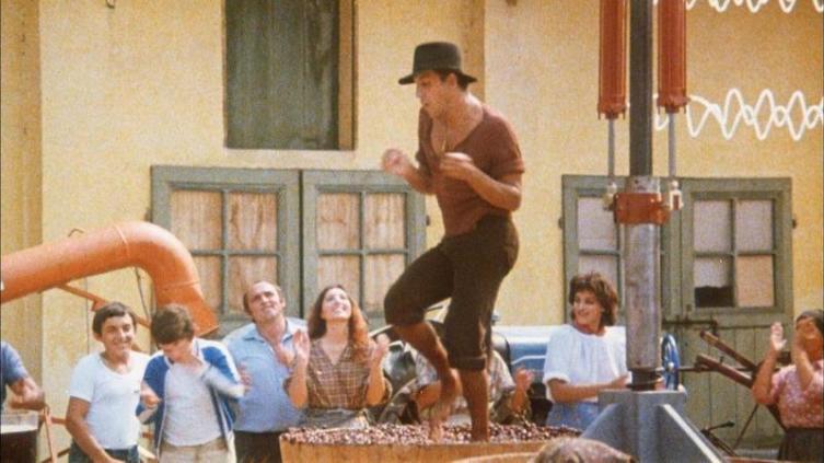 «Show me your motion! Tra la la la la!» (кадр из к-ф «Укрощение стропитвого»)