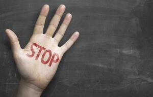 Могут ли догхантеры отравить наших детей?
