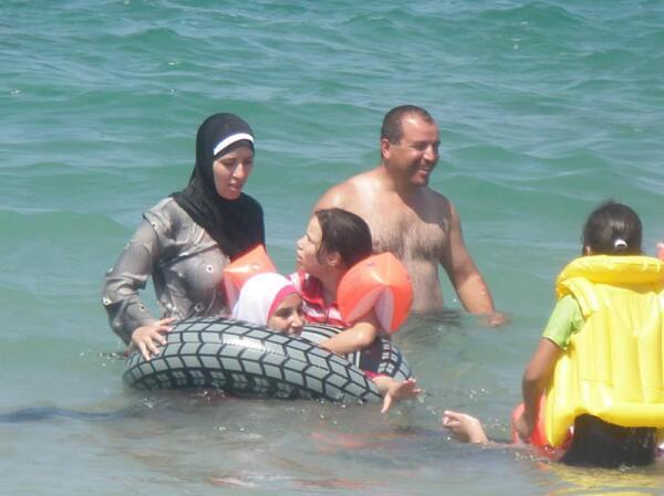 В море. Октябрь 2010 года